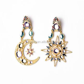 1901dff11a75 Chapado en oro de moda venta al por mayor de pendientes de Luna forma de  estrella