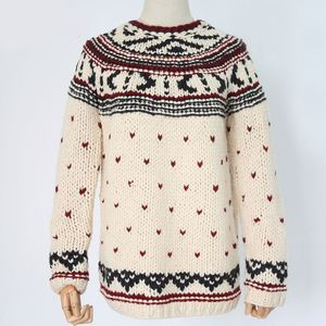 Wholesale hand knitted women sweaters with Love pattern