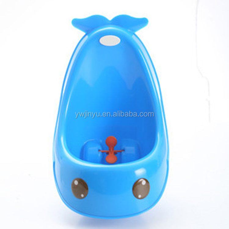 Wholesale Stock sanitary and convenient handle boy Whale urinal 2017 lovely Frog plastic baby potty training XL031