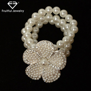 Fresh exaggerated multilayer Pearl Flower Bracelet ladies fancy accessories silver jewellery bracelets for women