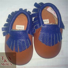 Hot sale on alibaba high quality different sizes baby newborn shoes