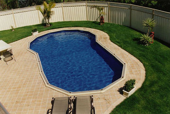 Sterns modular swimming pools buy readymade swimming for Prefab swimming pool