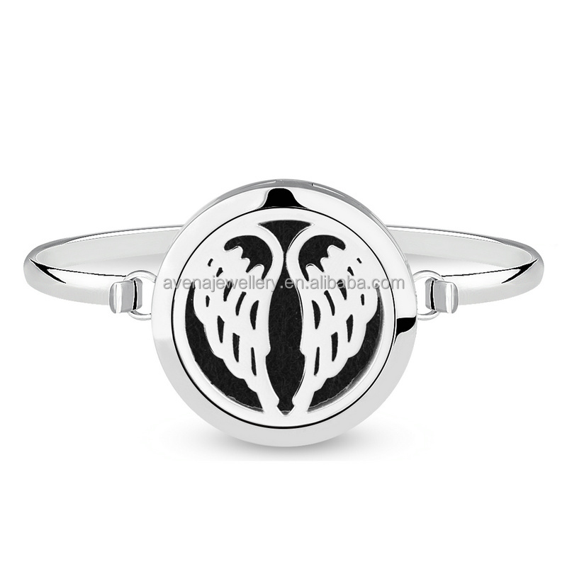 Fashion Jewelry Stainless Steel Bangle Box Aromatherapy Diffuser Angel Wing Locket Bracelet