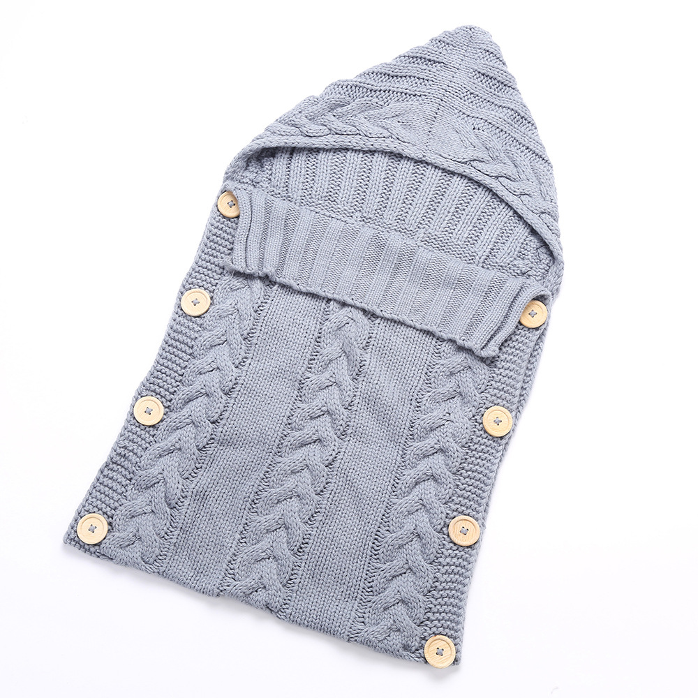 100% Acrylic Material and Knitted Baby Blanket Winter Warm Outdoor Sleeping Bag