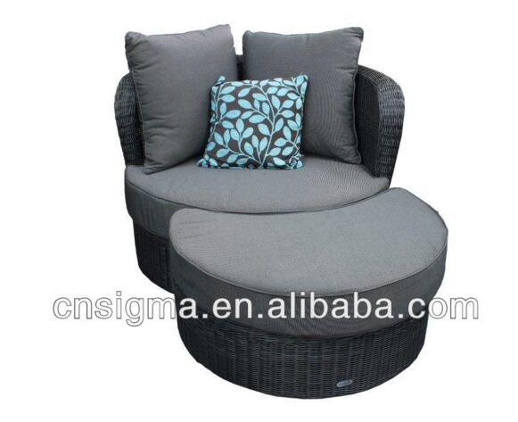 2016 Summer beach alum frame luxury round rattan lounge suites with ottoman on sale