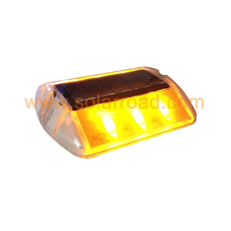 High Brightness Plastic Solar Road stud