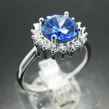 925 Sterling Silver Round Cut Tanzanite And Diamond Engagement Ring