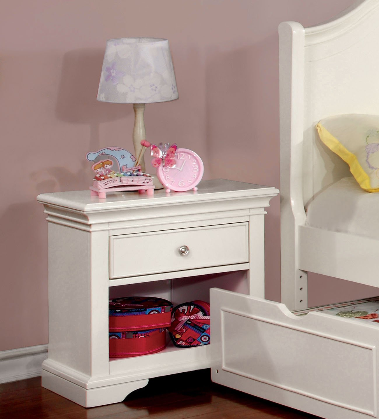 Furniture of America Maggie Transitional Youth Nightstand, White