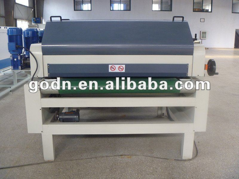 plane boards roller coater