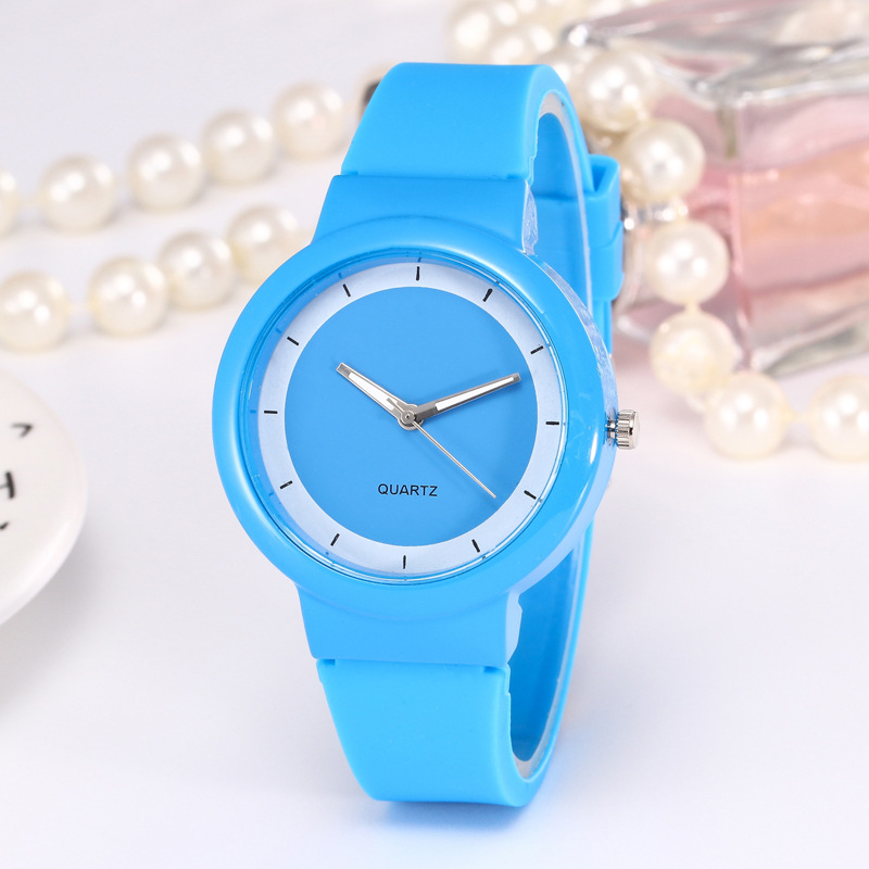 Simple Colorful Silicone Watch Rubber Fashion Candy Color Watch For Girls And Students
