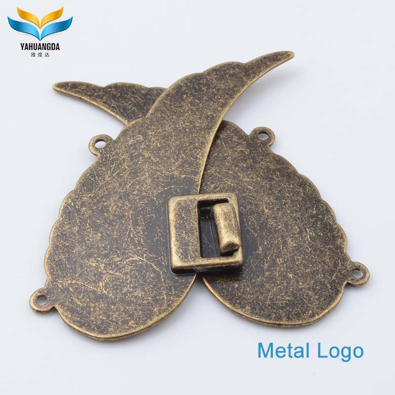 manufacture wholesale cheap custom clothing metal brand logo pin name badges for clothes