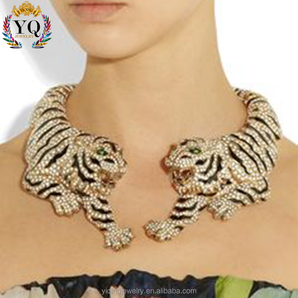 NYQ-00001 fashion different types of animal tiger crystal necklace