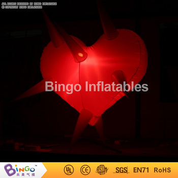 Inflatable Led Decoration Giant Inflatable Heart With Stab