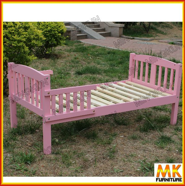 Factory price wood bed