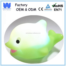 LED flashing rubber bath toy dolphin with color changing light