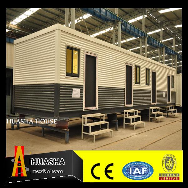 Casa prefabbricata container di trasporto con bagni e camere da ...