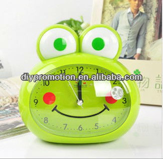 2013 cute frog digital alarm clock for living room