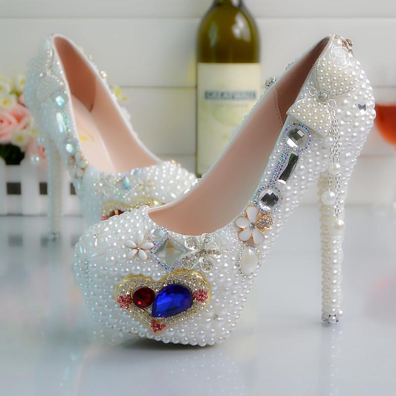 картинки про самые красивые туфли товары