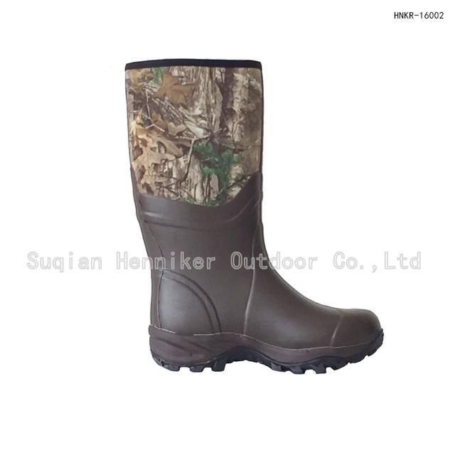 dc6570d9fdd8 15 quot  Men s High-top Realtree Camo Muck Boot