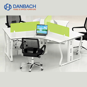 Modern Call Center Round Office Workstation 3 Person Office Partition