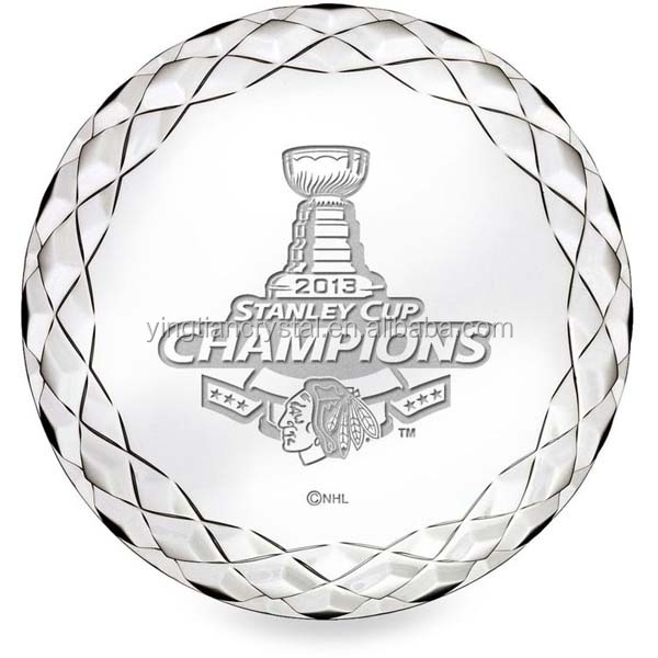 Top quality club souvenir Crystal Hockey Puck