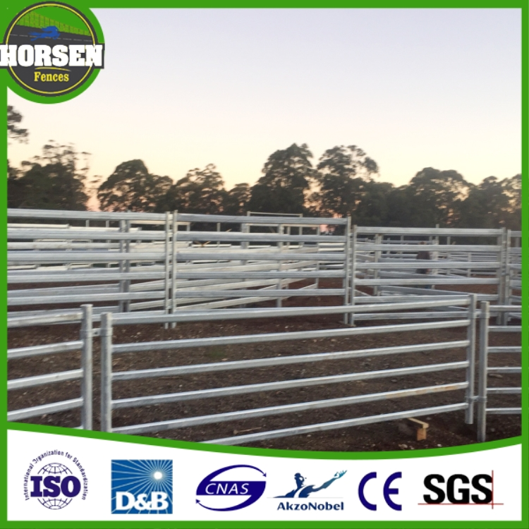 New Zealand flexible rail portable horse fence and farm gate