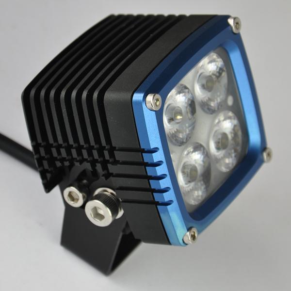 https://sc02.alicdn.com/kf/HTB1PUYpKXXXXXcVapXXq6xXFXXXD/Super-bright-Car-utv-12v-27v-waterproof.jpg