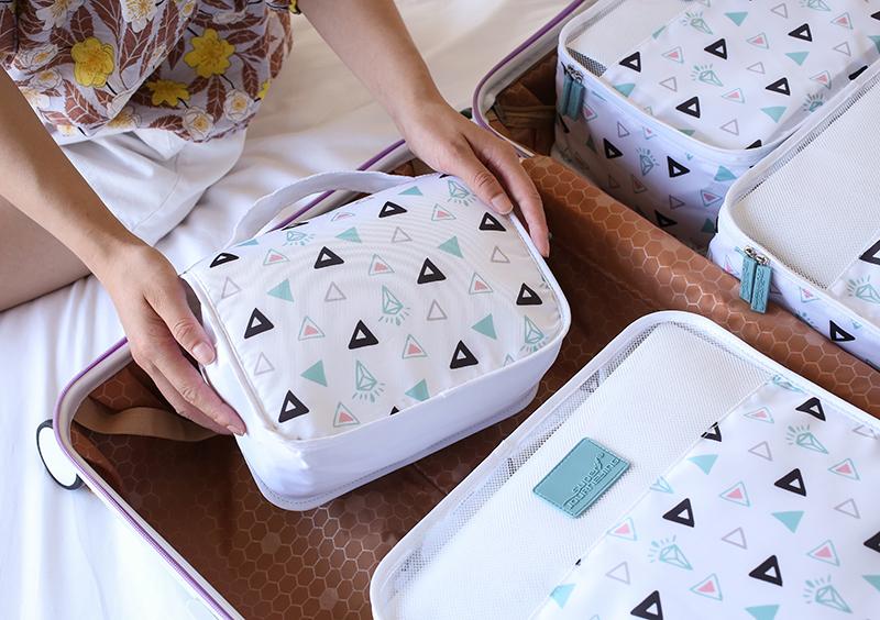 Super Melakukan Perjalanan Merek Tas Makeup Perjalanan Digital Printing Portabel Penyimpanan Organizer Tas Kosmetik Perlengkapan Mandi Perjalanan Tas