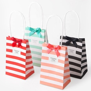 Small kraft mini gift bag paper,small paper bag with handle bow