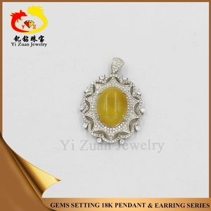 Wholesale prong setting 925 silver sun pendant natural amber jewelry