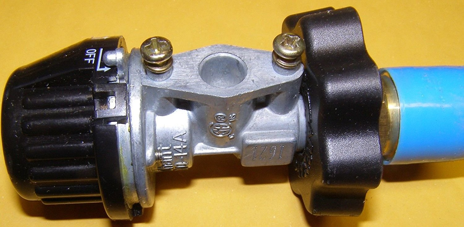 New 20-032-0001 Regulator for Dyna Glo tanktop LP heaters that do not have a hose