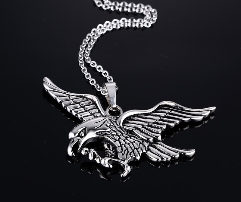 Fashion european surgical steel mens eagle pendant necklace