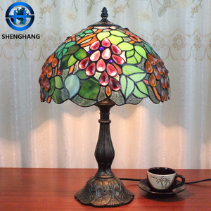 Best quality Tiffany Flower Lamp Table light with flower /grapes/rose/dragonfly shade for wholesale