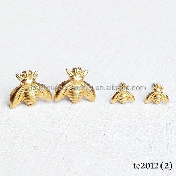 Little Gold Bee Stud Earrings Golden Honey Woodland Insect Earring Hoeny Product
