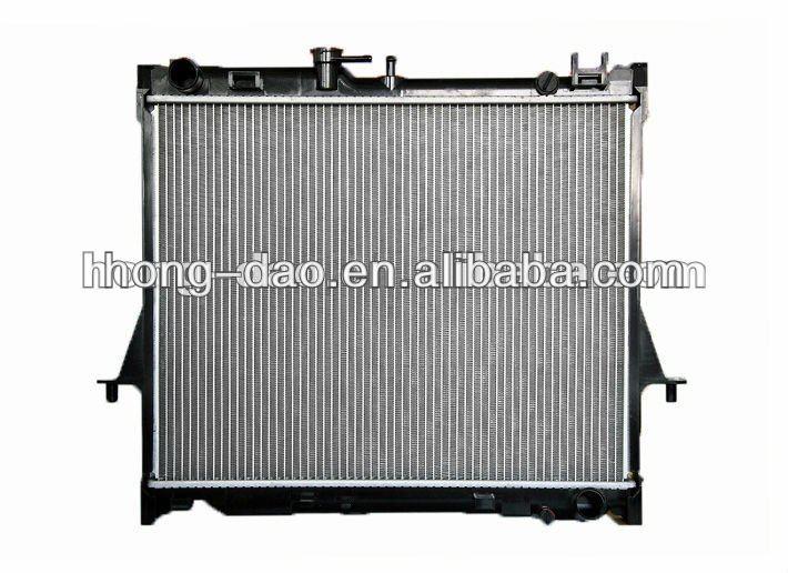 China Supplier Pa66 Gf30 Radiator For Isuzu Pickup'2006 Mt