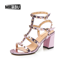 good quality genuine leather rivet decorate trendy lady bridal fancy sandal