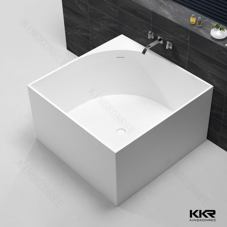 Kunststein freistehende badewanne sehr kleine badewannen for Kleine badewannen