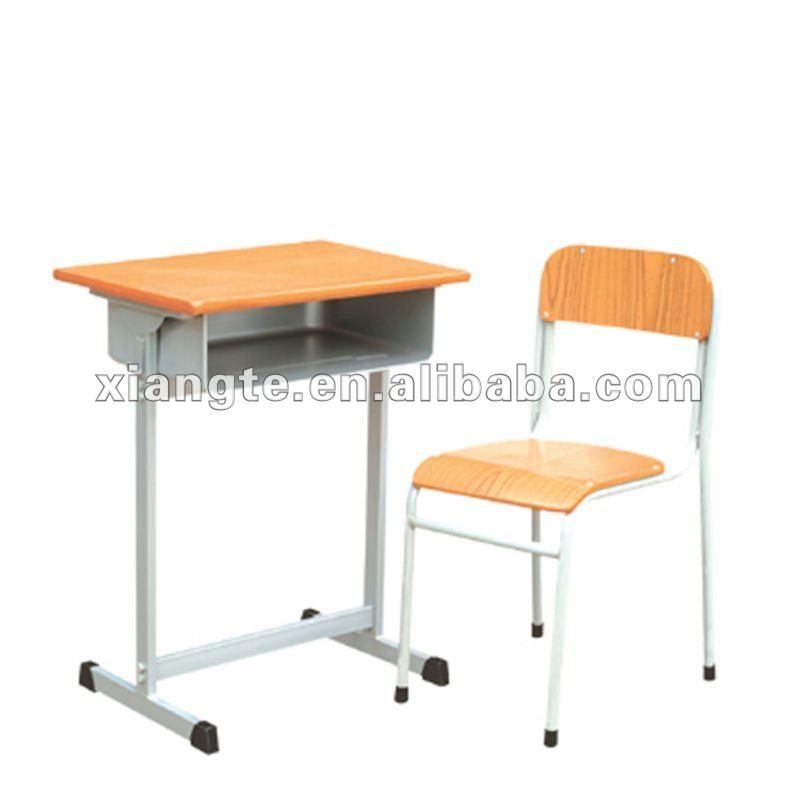 utilidad acero aula escritorio y sillas para estudiantes