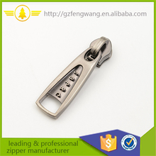 Factory Supplier zipper puller custom logo manufacturer