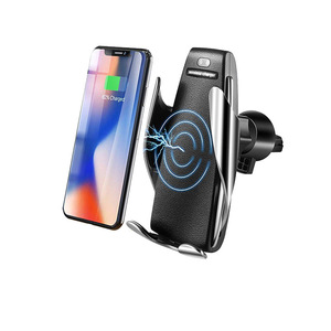 Free Shipping 2019 Newest Fashion Automatic Clamping Fast Charging Phone Holder Mount Smart Sensor Wireless Car Charger