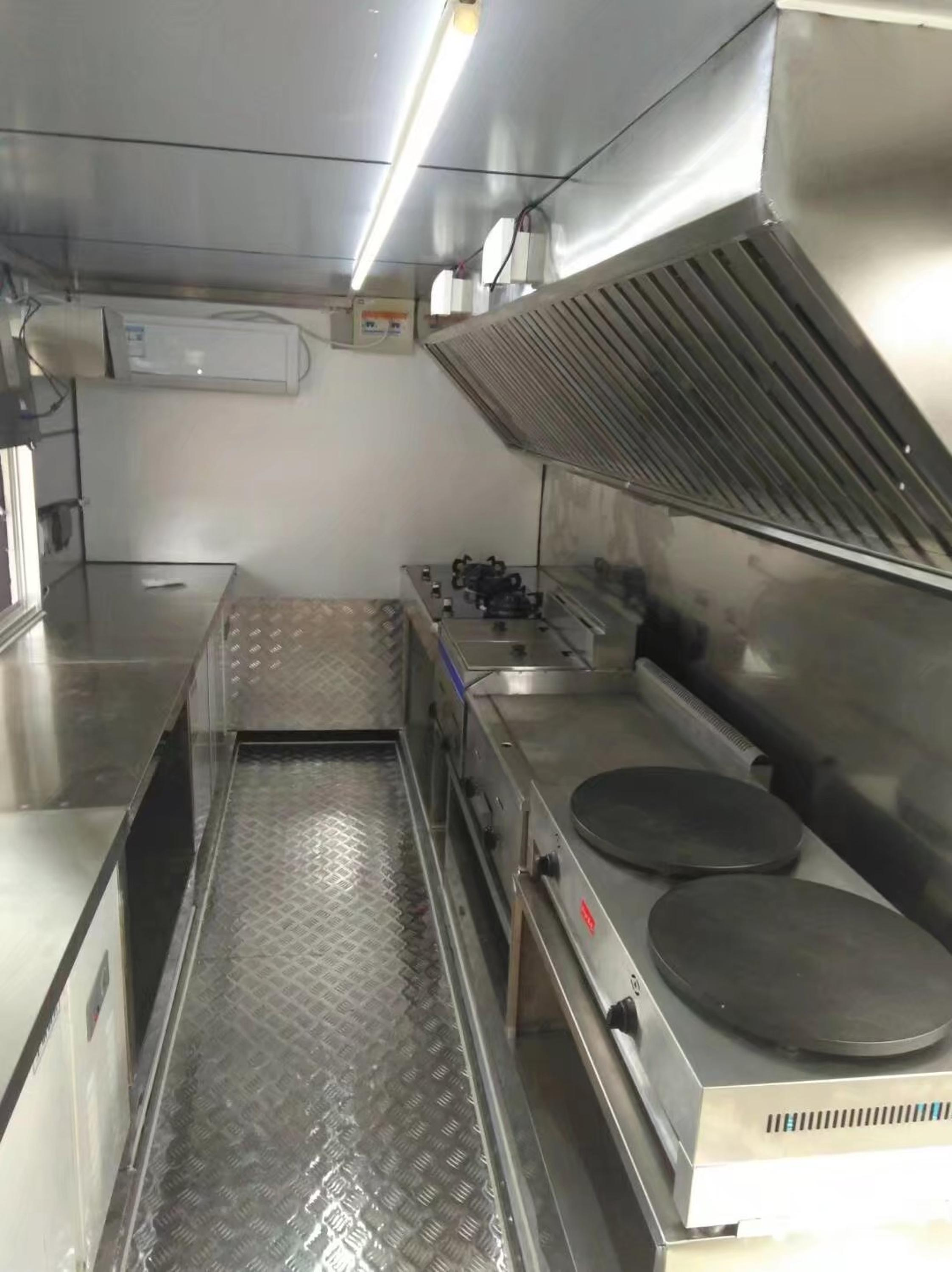 Honorsun 2017 Mobile Food Truck With Customized Inside