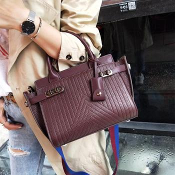 Guangzhou Bag Factory brand handbags head-layer cowhide shoulder bag wide shoulder strap ladies' bag Famous Designers Handbags