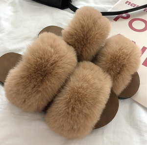Winter fashion shoes women winter furry slippers women faux fur slide slippers for women and ladies indoors