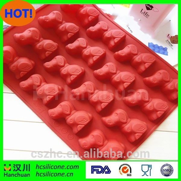 New product hot sale cute animal dog shaped soft silicone ice cube tray ice container