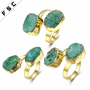 Fashion Two Stone Design Natural Crystal Finger Ring for Women