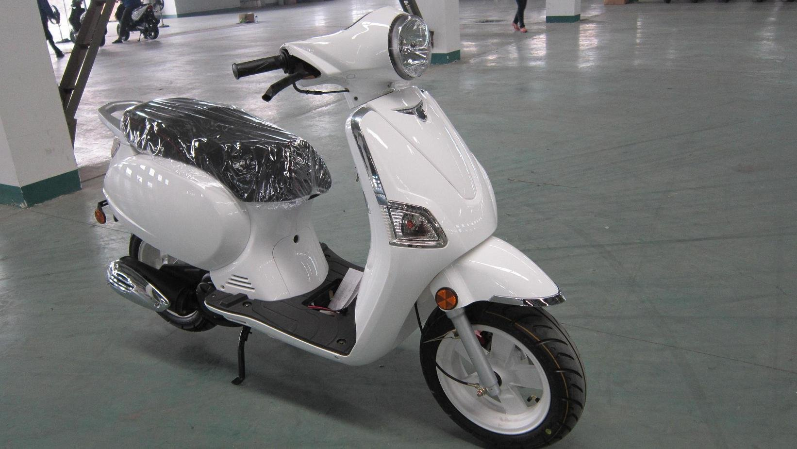 scooter specifications picture more detailed picture about 50cc scooter white vespa model eec. Black Bedroom Furniture Sets. Home Design Ideas