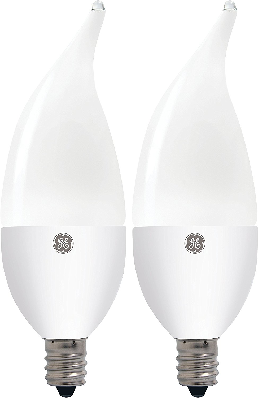 GE Lighting 26810 4.5-Watt LED (40-Watt replacement) 300-Lumen Bent Tip Light Bulb with Candelabra Base, Daylight, 2-Pack