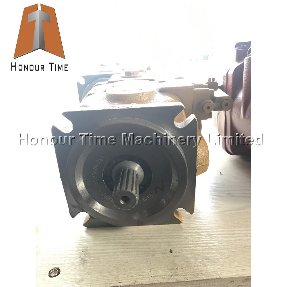 E305.5 Hydraulic pump (4).jpg