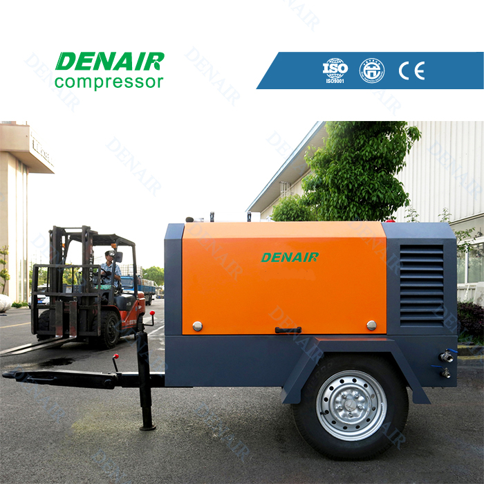 Mobile diesel driven marine air compressor DACY model