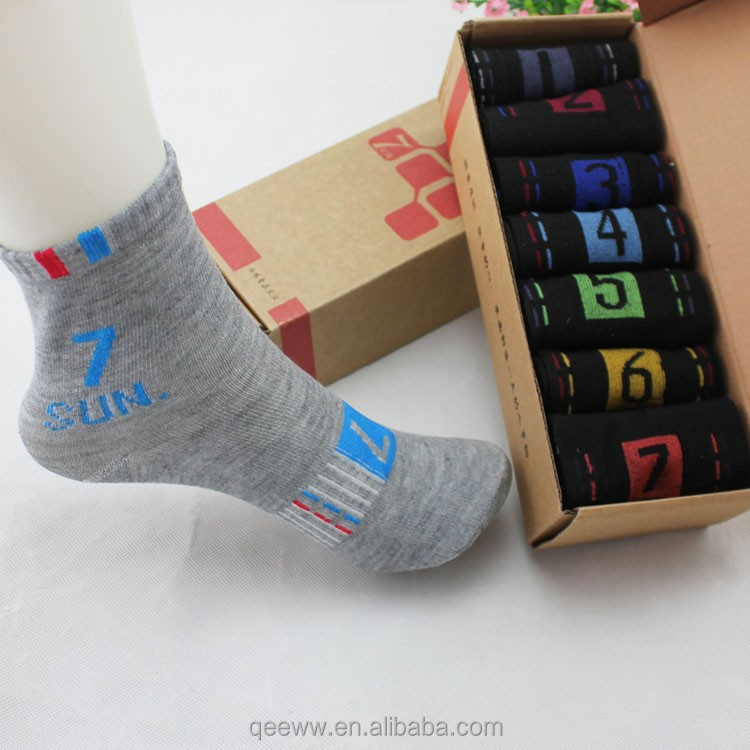 Novelty Daily Socks Mens 7 Days of the Week Cotton Ankle Socks for Men